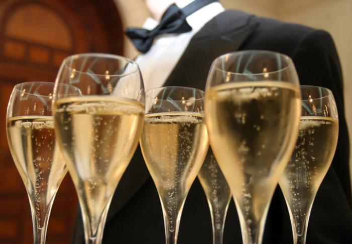 champagne-main_0